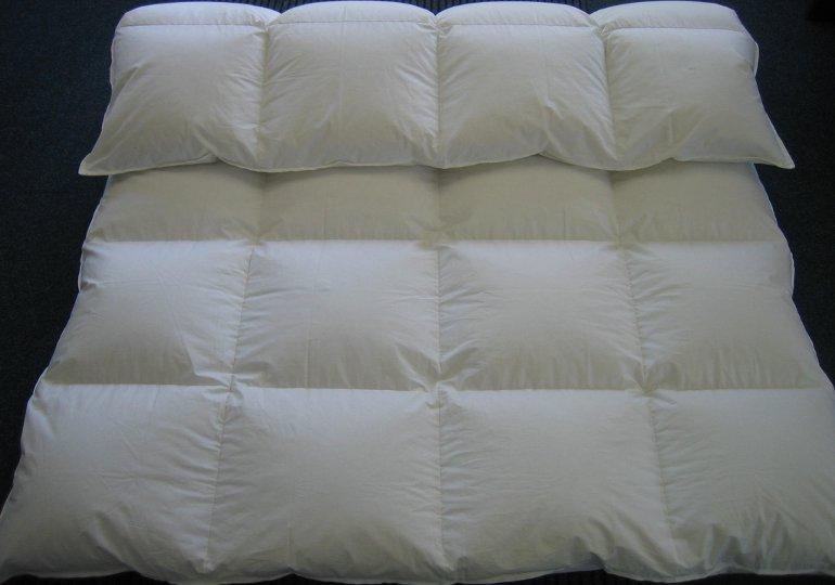 kassettenbett daunendecke oberbett 100 daunen 155x220 ebay. Black Bedroom Furniture Sets. Home Design Ideas
